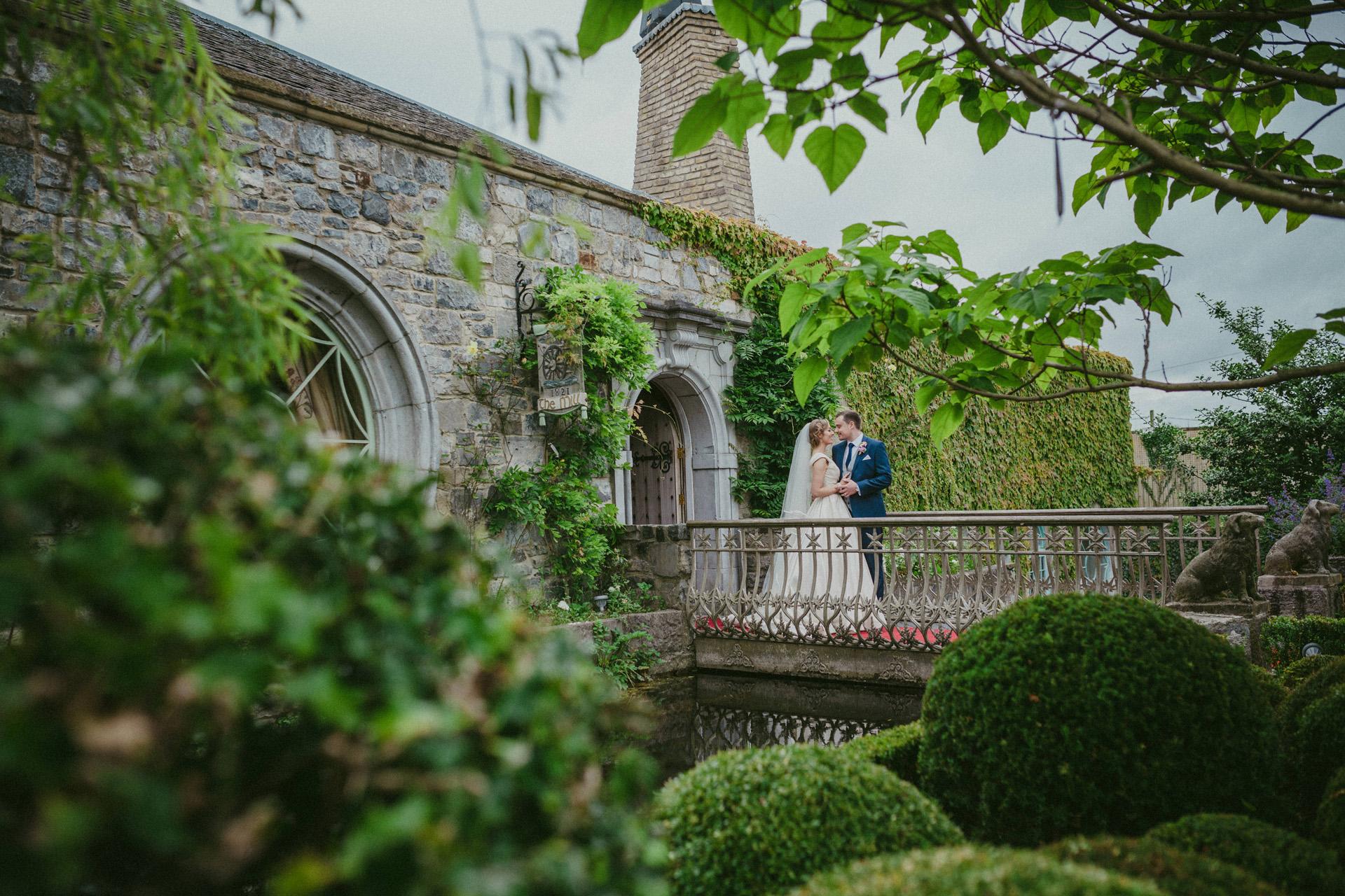 cliff-at-lyons-wedding-photos1